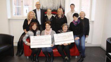 Spendenübergabe aus der Lebkuchenaktion an die Kinderstube und das Familienzentrum Deggendorf